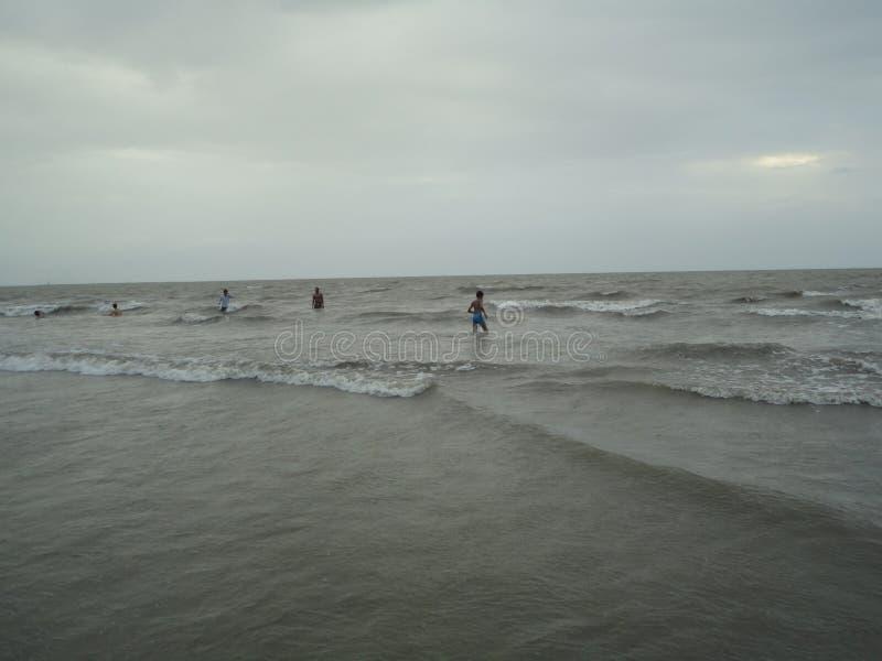 Genuss auf Strand !! lizenzfreies stockfoto