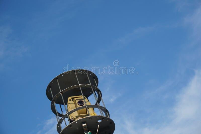 Geodätischer Tachymetertheodolit stockbild