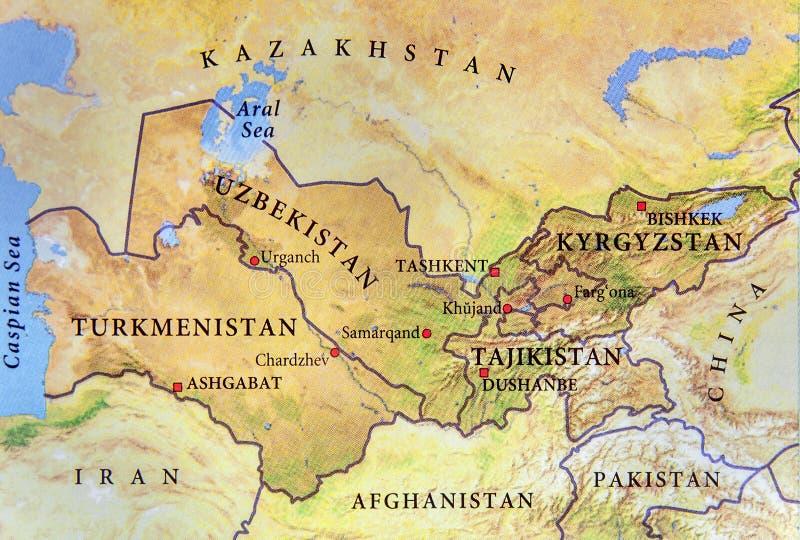 Geografisk översikt av Turkmenistan, Tadzjikistan, Kirgizistan och Uzbekistan med viktiga städer arkivbilder