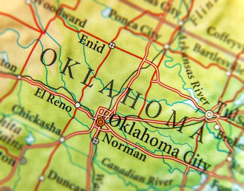 Geografisk översikt av USA-staten Oklahoma med viktiga städer royaltyfri bild