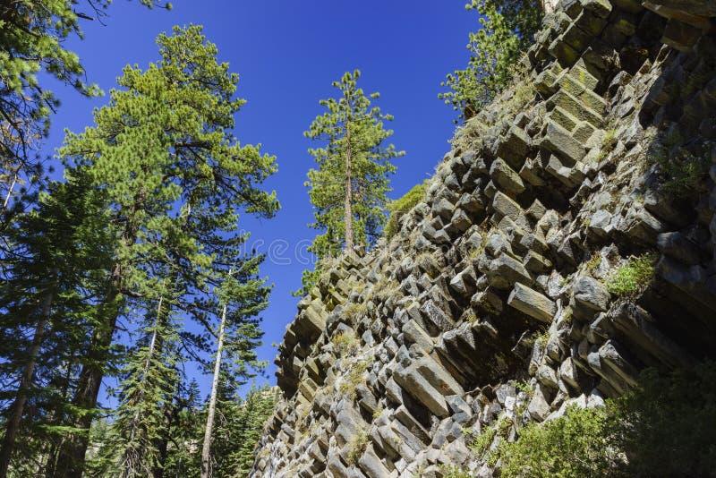 Geología especial en el monumento nacional de Postpile de los diablos foto de archivo libre de regalías