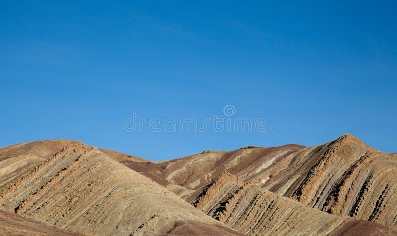 Geologische Erdschichten - überlagerter Felsenhintergrund stockfoto