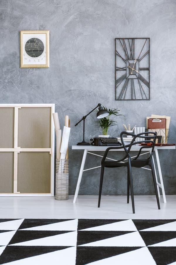 Geometrisch tapijt in huisbureau vector illustratie