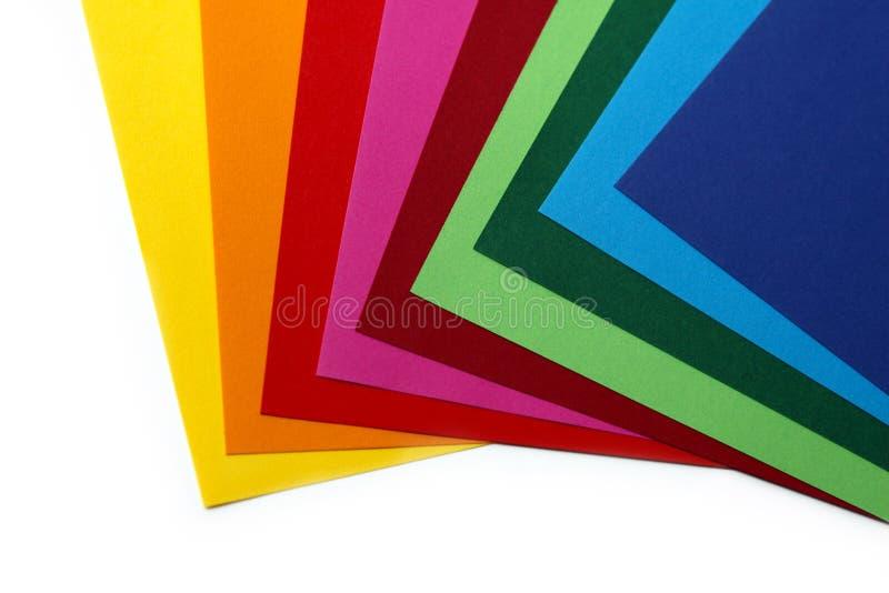 Geometrische samenstelling van verschillende heldere vellen papier Geschikte achtergrond voor uw ontwerp, presentatie, brochure,  stock foto's