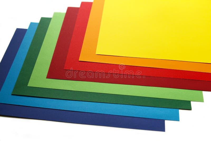 Geometrische samenstelling van verschillende heldere vellen papier Geschikte achtergrond voor uw ontwerp, presentatie, brochure,  stock afbeelding