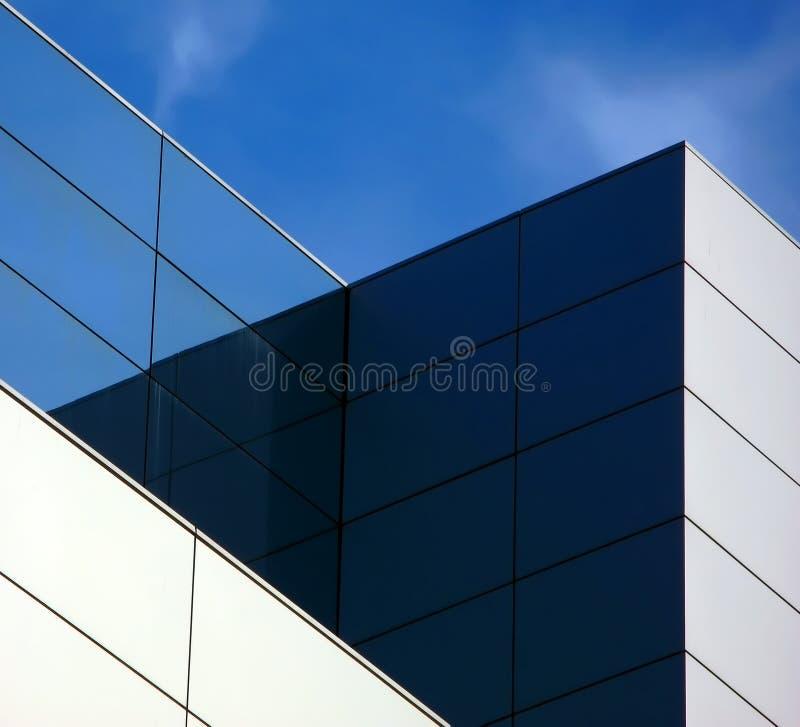 geometriskt byggande royaltyfri fotografi
