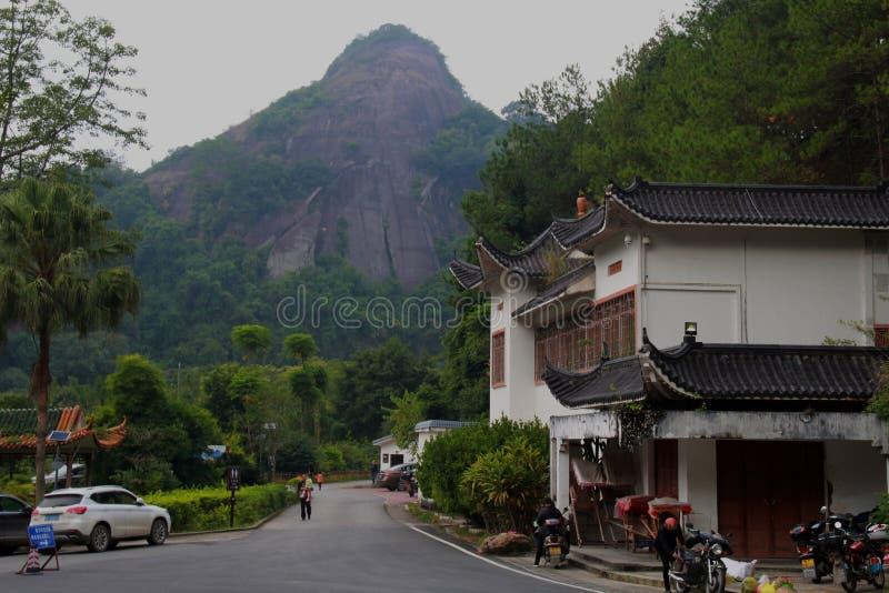 Geopark nacional do danxia da montagem de Guangdong imagens de stock