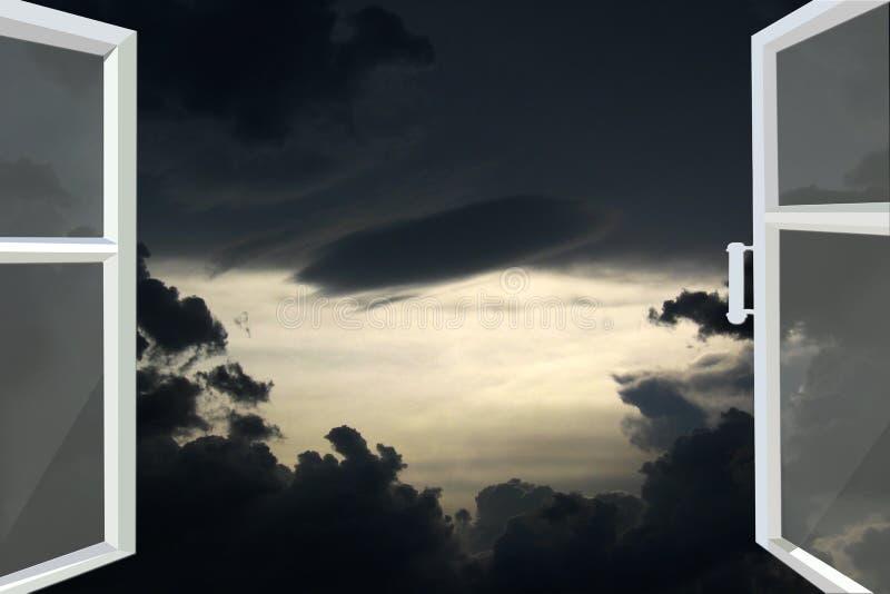 Geopend venster voor de donkere nachthemel royalty-vrije stock foto's