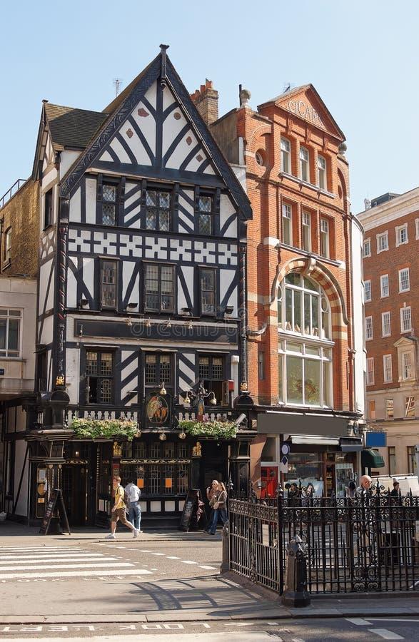 George Pub in Groot de Straat van West- Portland Londen stock fotografie