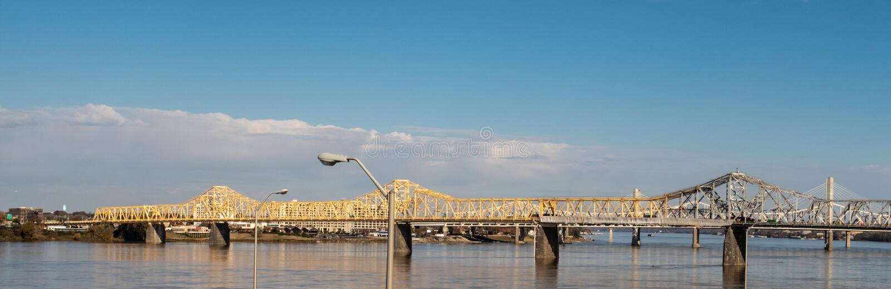 George Rogers Clark Memorial Bridge à Louisville photo stock