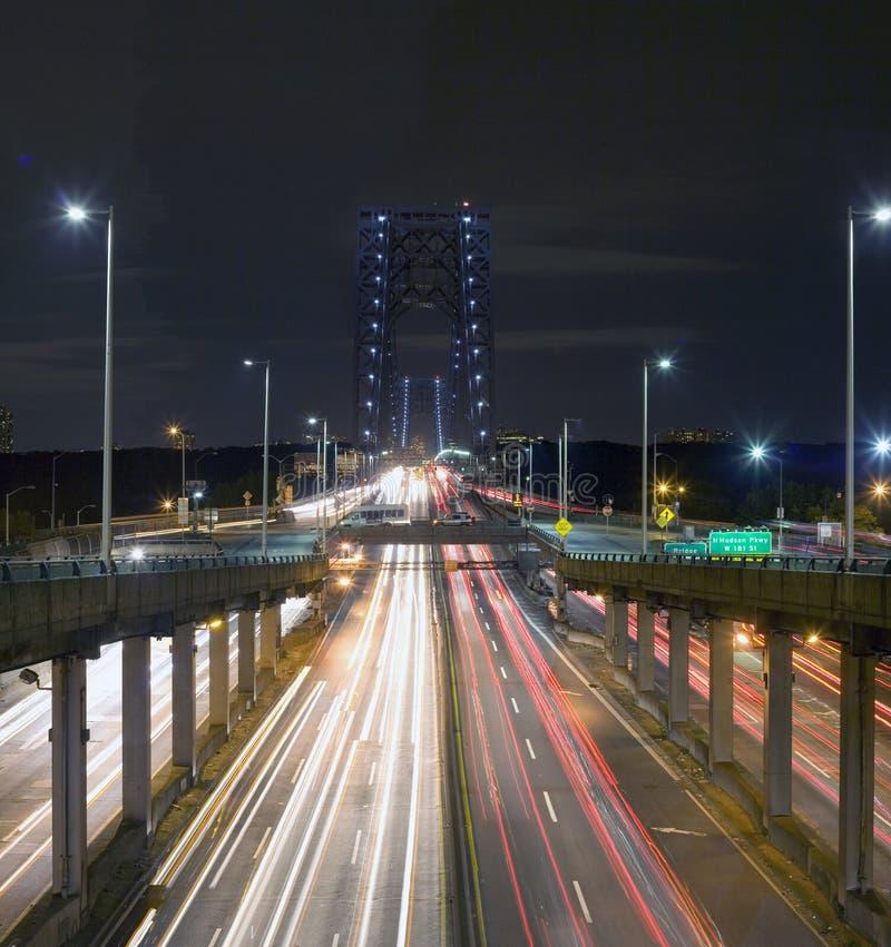 George Washington Bridge alla notte fotografie stock