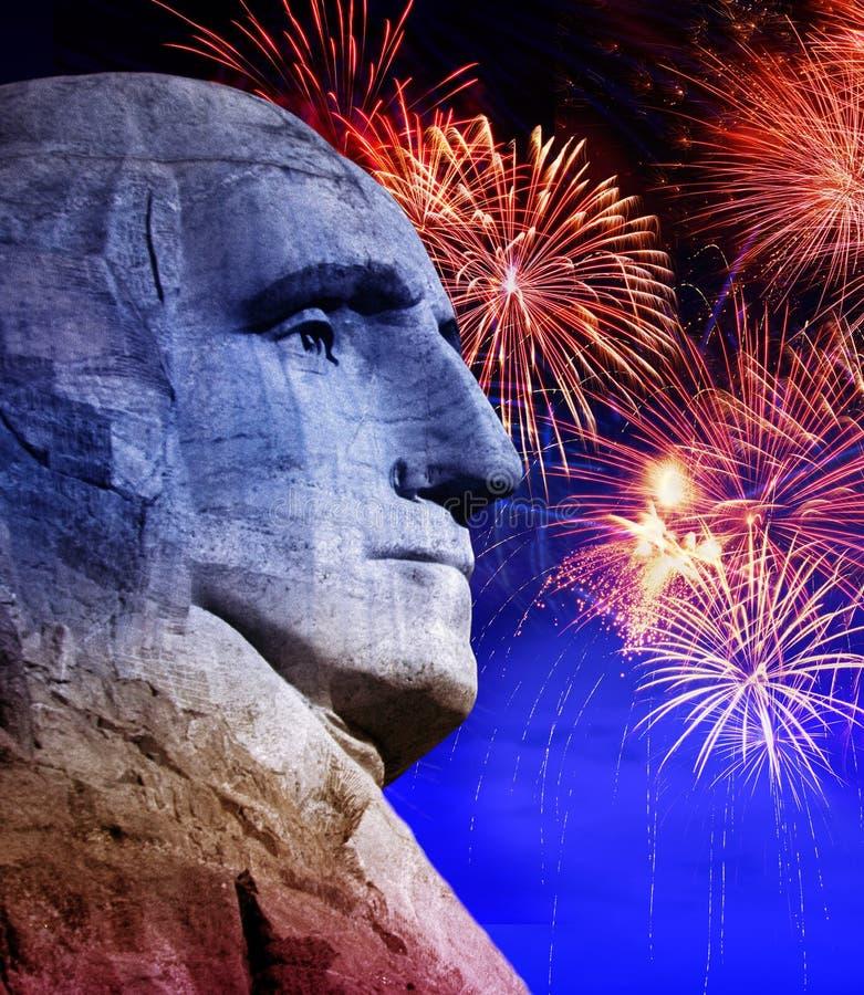George Washington en Mt Rushmore, Dakota del Sur con los fuegos artificiales fotografía de archivo