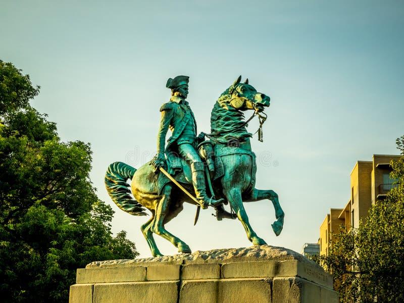 George Washington statua w Waszyngtońskim okręgu zdjęcie royalty free