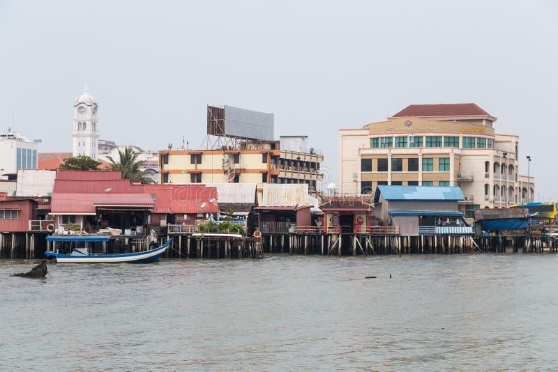 Georgetown, Penang/Maleisië - circa Oktober 2015: Clanpieren in Georgetown, Penang, Maleisië stock foto