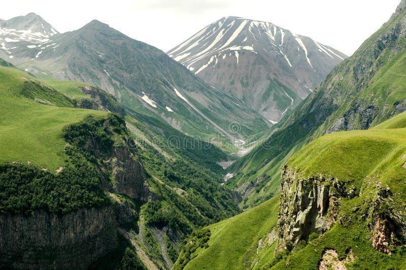 Georgische Militaire Weg, de Kaukasus royalty-vrije stock afbeeldingen