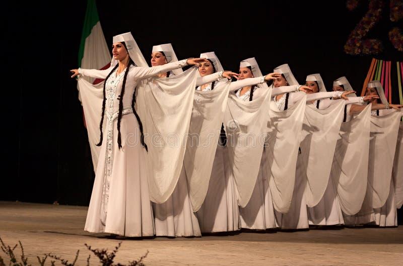 Georgische Tänzer stockbild