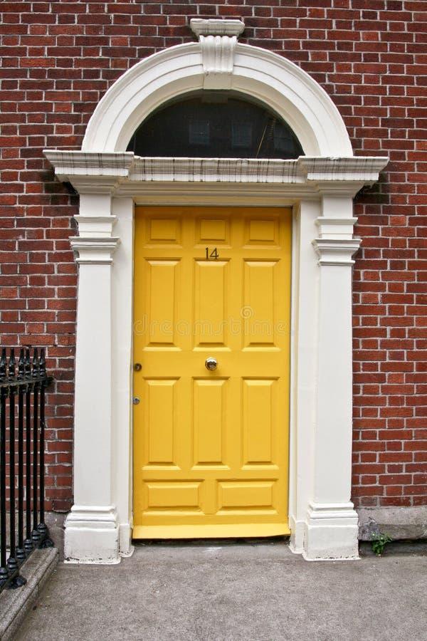 Georgisk dörr, Dublin, Irland royaltyfri bild