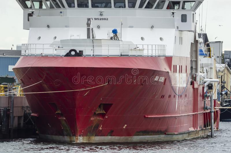 Geotechnische Forschungsschiff Fugro-Entdeckung angekoppelt bei Marine Commerce Terminal in New-Bedford stockfoto