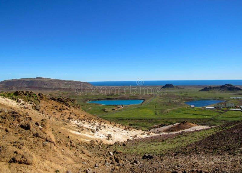 Geotermiczny aktywnego terenu Krà ½ suvÃk, Seltun i Kleifarvatn jezioro, Globalny Geopark, Geotermiczny aktywny teren w Iceland zdjęcie stock
