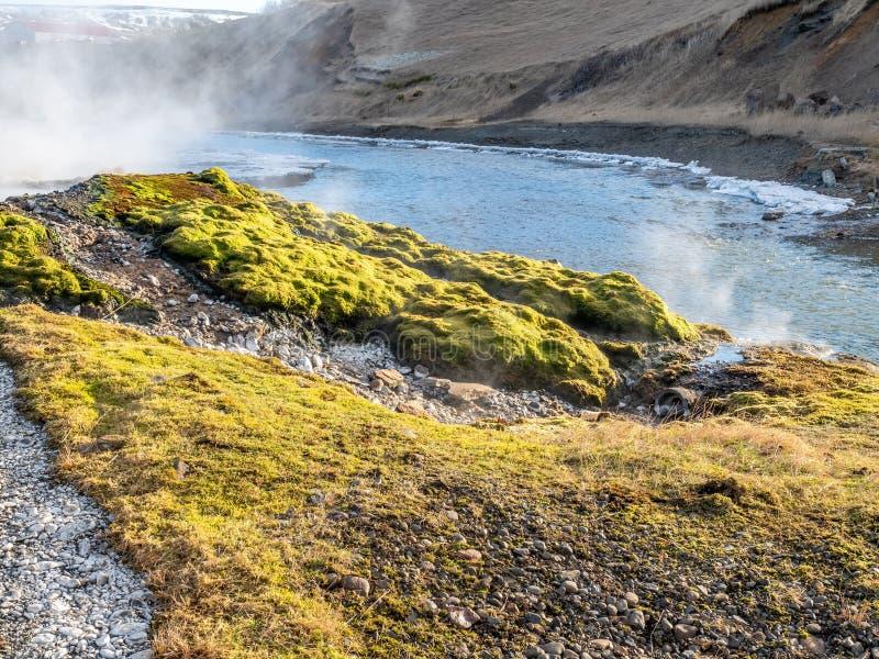 Geotermiczny gorącej wiosny basen w Iceland obrazy stock