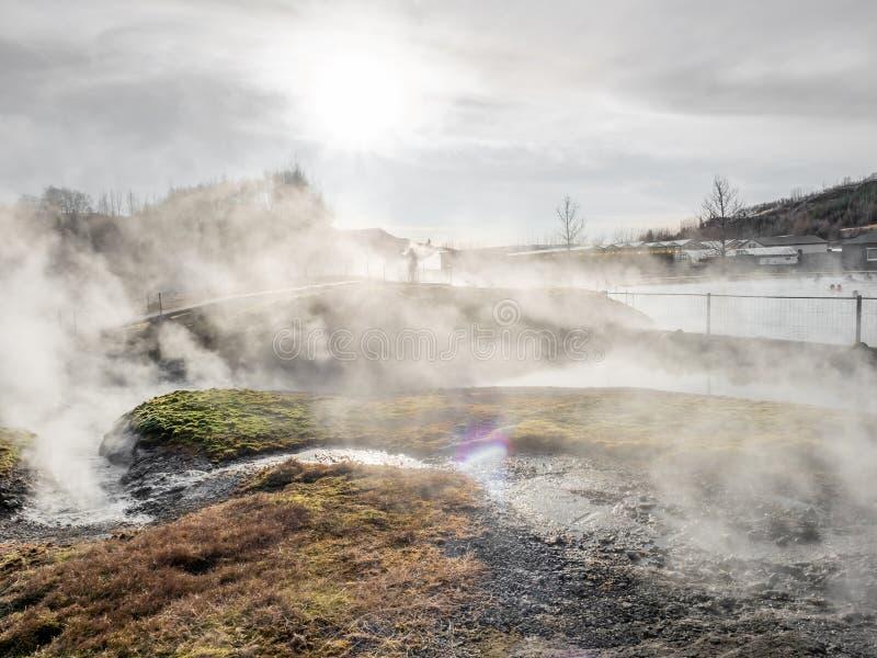 Geotermiczny gorącej wiosny basen w Iceland zdjęcia stock