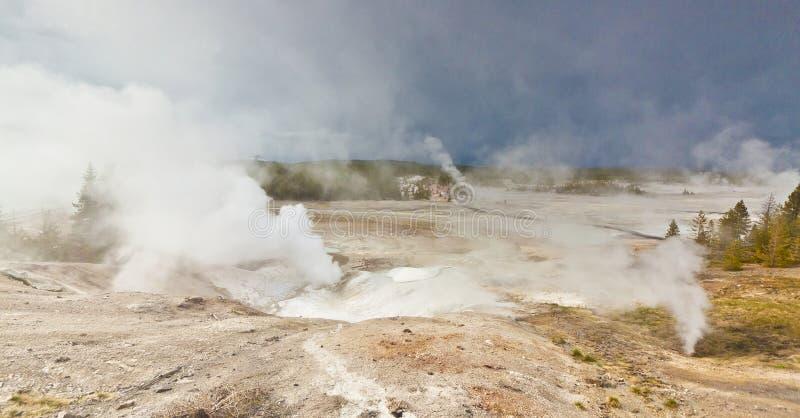 Geotermiczny krajobraz zdjęcia royalty free