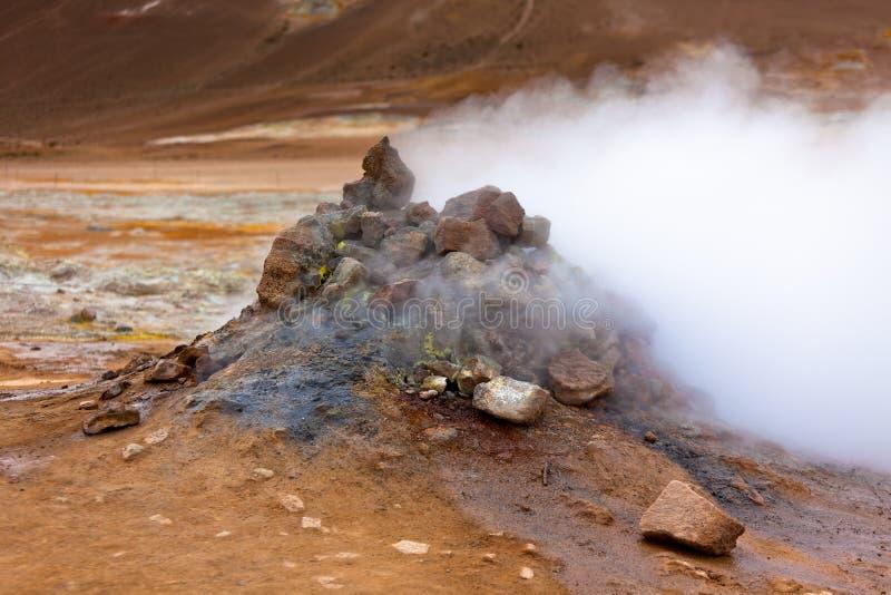 Geotermiczny teren Hverir, Iceland fotografia stock