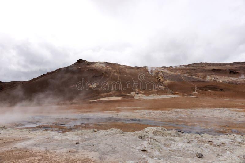 Geotermiczny teren Hverir w Iceland obrazy stock