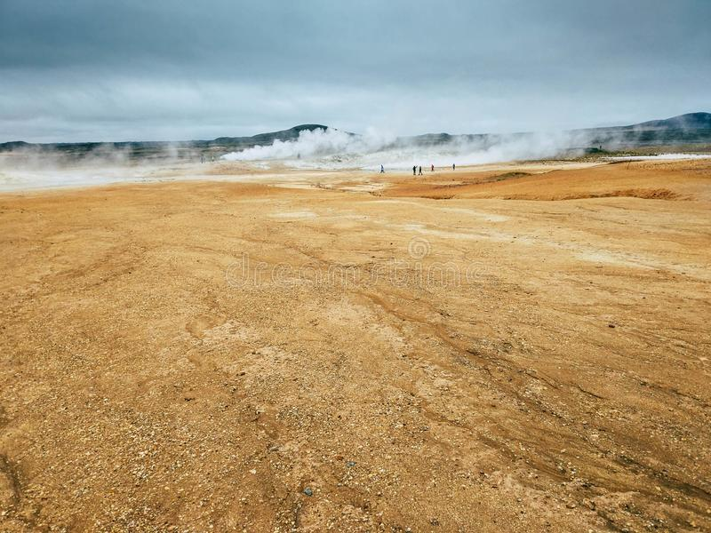 Geotermiczny teren przy Hverir w północy Iceland zdjęcia stock