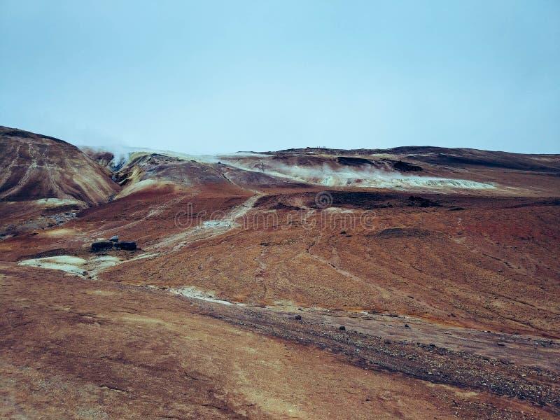 Geotermiczny teren przy Hverir w północy Iceland obrazy royalty free