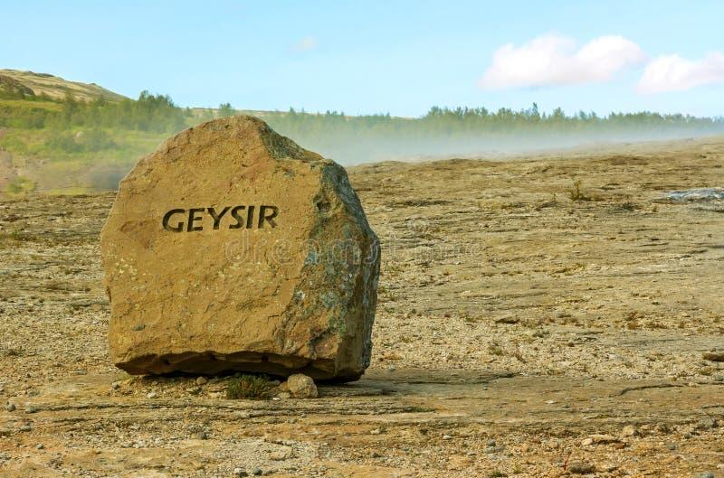 Geotermiskt område som innehåller Litli Geysir, guld- cirkelrutt arkivbilder