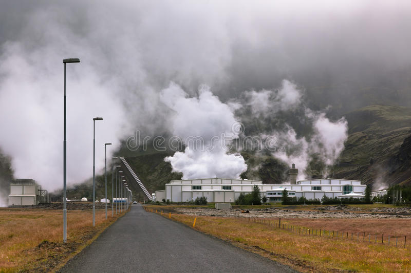 Download Geothermal Power Station In Iceland Stock Image - Image: 29854927