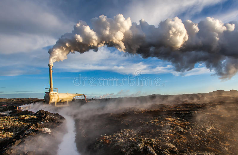 Geothermisch boorgat stock afbeeldingen