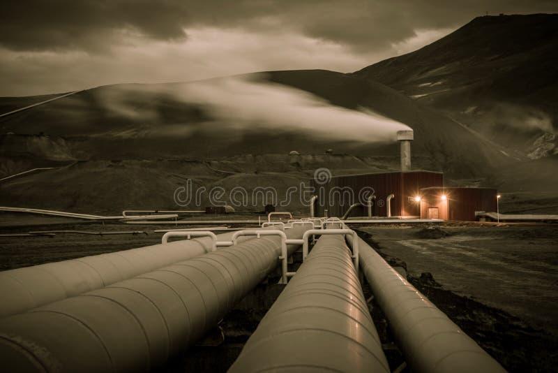 Geothermische energiepijpleiding royalty-vrije stock afbeeldingen