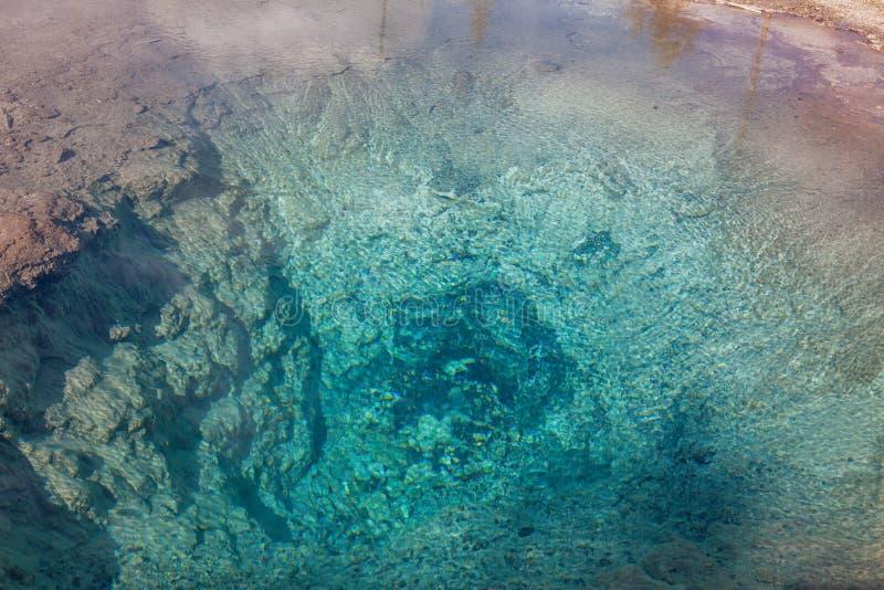 Geothermische heiße Quellen stockfoto