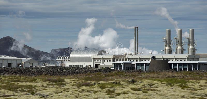 Geothermische Krachtcentrale in IJsland stock foto's