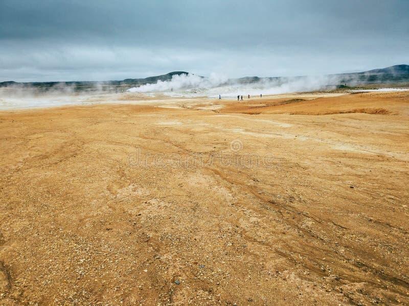 Geothermischer Bereich bei Hverir im Norden von Island stockfotos