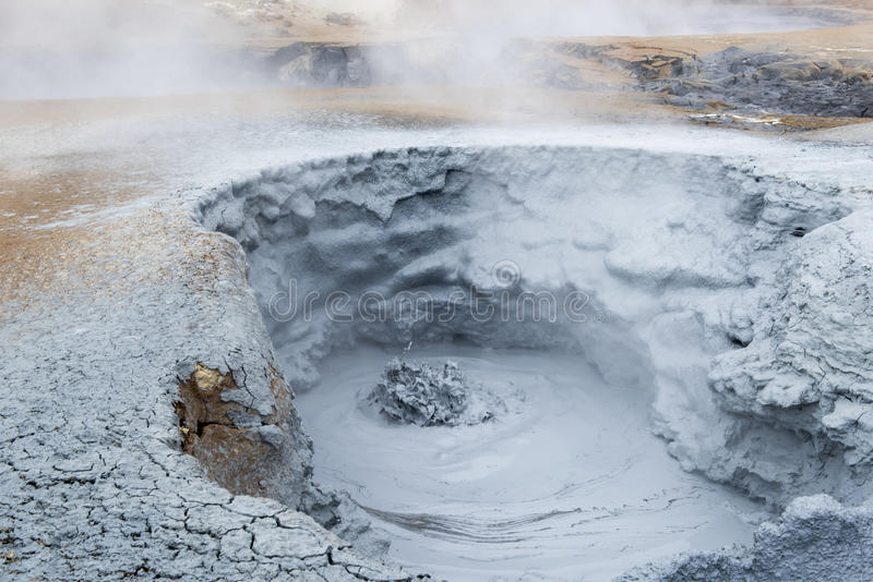 Geothermisches Feld Namaskard, Island stockfotos