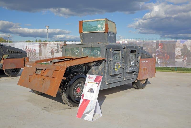 Gepanzertes Fahrzeug HMMWV M1151 lizenzfreie stockfotos