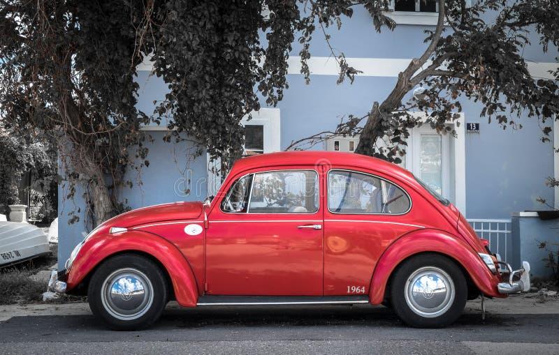 Geparkeerd Volkswagen Beetle royalty-vrije stock fotografie