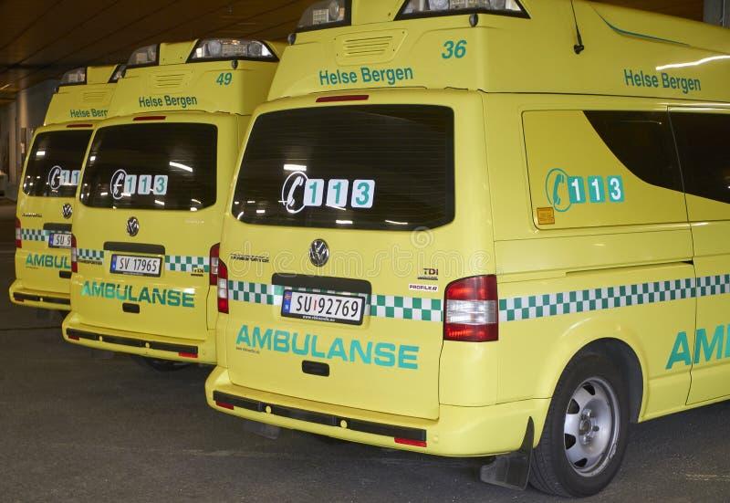 Geparkeerde ziekenwagens royalty-vrije stock afbeelding