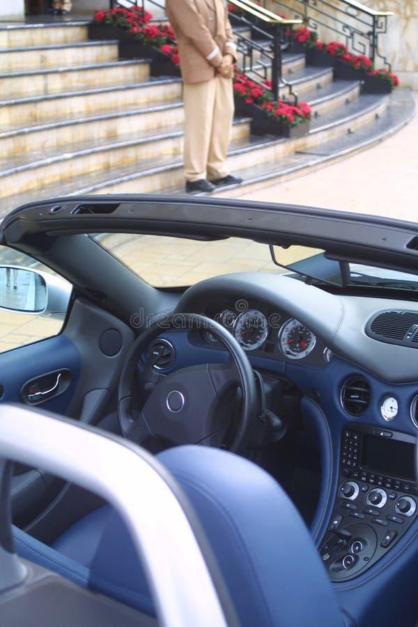 Geparktes Sportauto Stockfoto