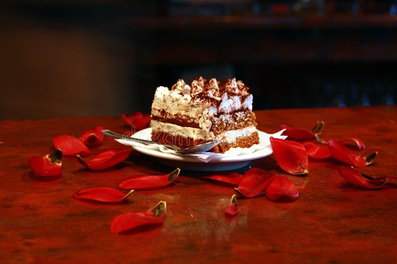 Gepeitschter Sahnekuchen lizenzfreie stockfotografie