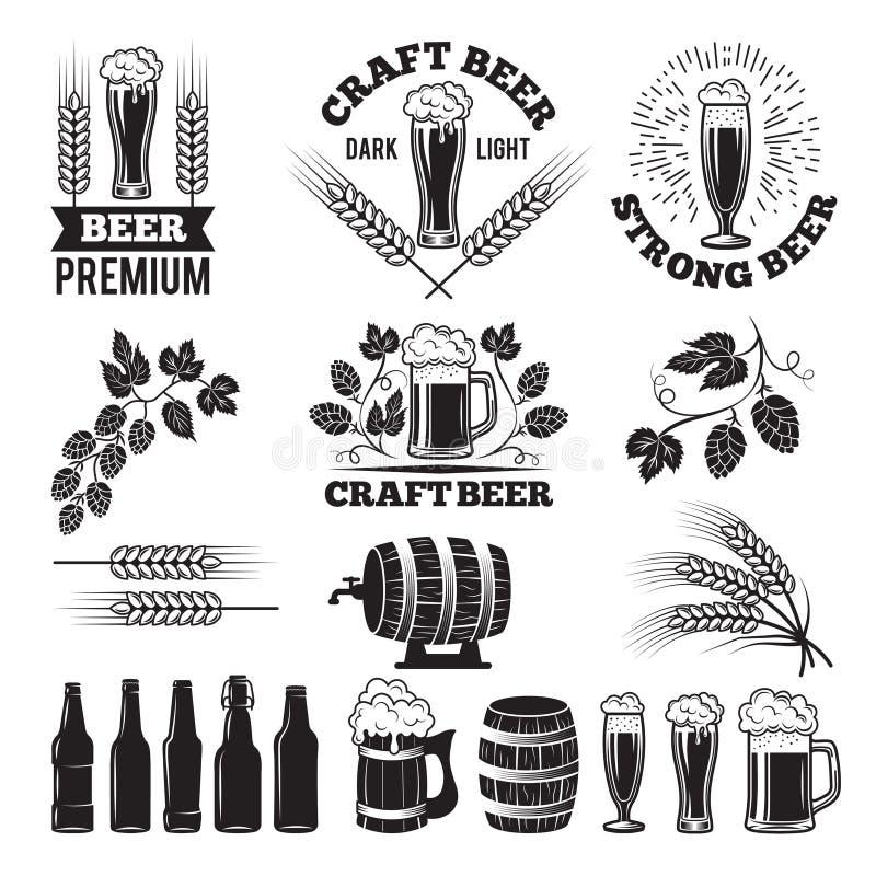 Geplaatste de etiketten van de bierbar Het ontwerpelementen van het embleem brouwerij royalty-vrije illustratie