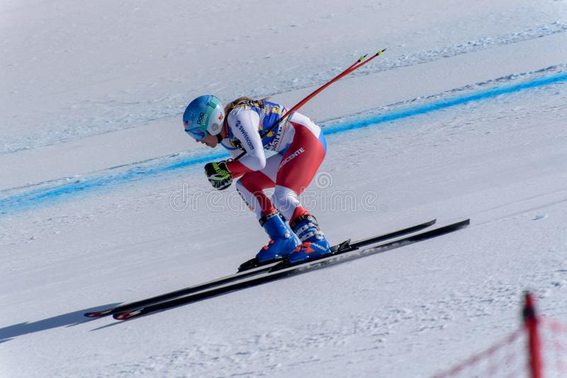 GER Michaela Wenig participa en las señoras cuesta abajo corre para la raza de Ladie Downhill de la mujer del FIS Ski World Cup F imagenes de archivo