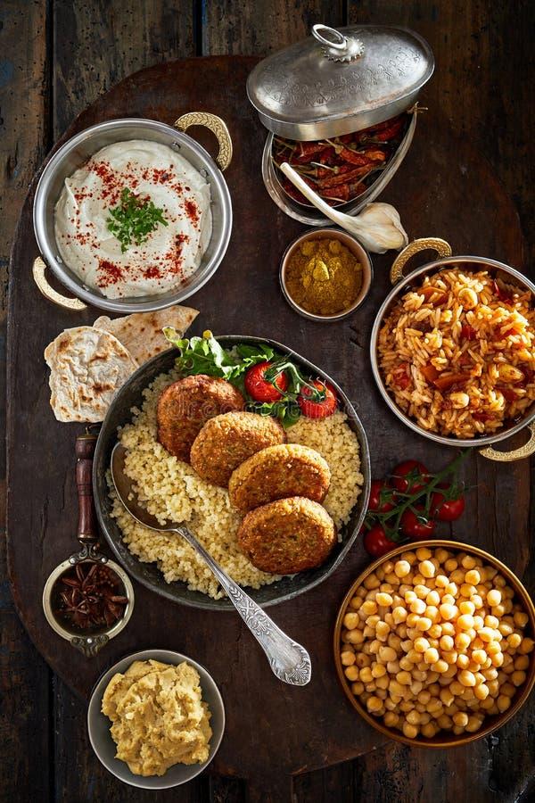 Gerade gekochtes Orient-Lebensmittel angesehen von oben stockfoto