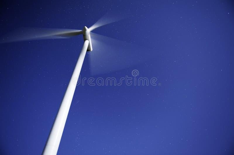 Gerador das energias eólicas fotografia de stock royalty free