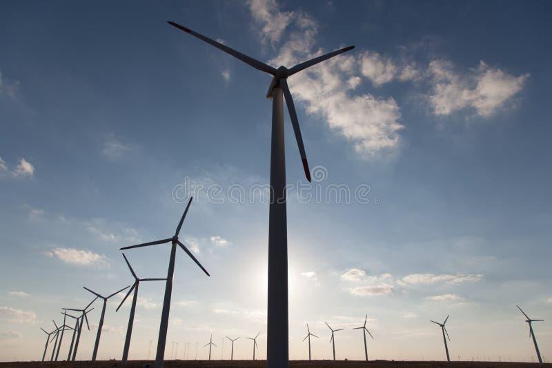 Download Geradores de vento foto de stock. Imagem de potência - 26524922