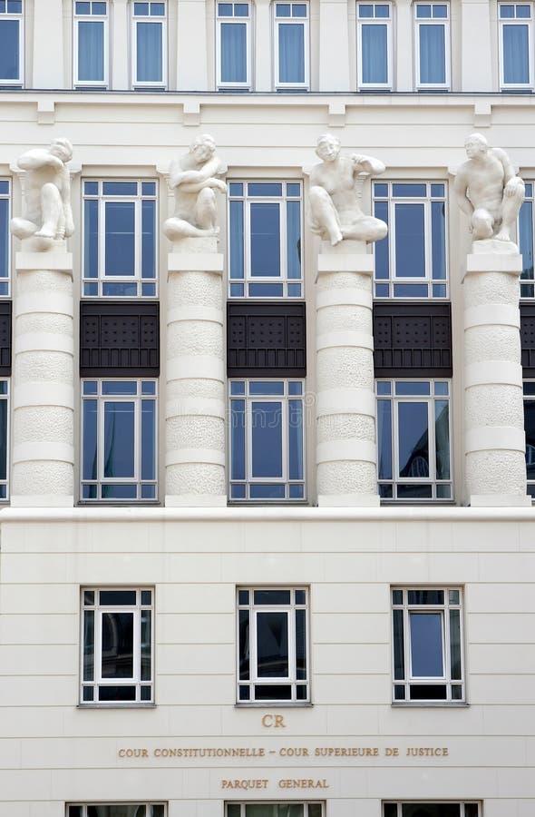 Gerechtigkeit-Gericht an Quadrat-Str. Esprit, Luxemburg lizenzfreie stockbilder