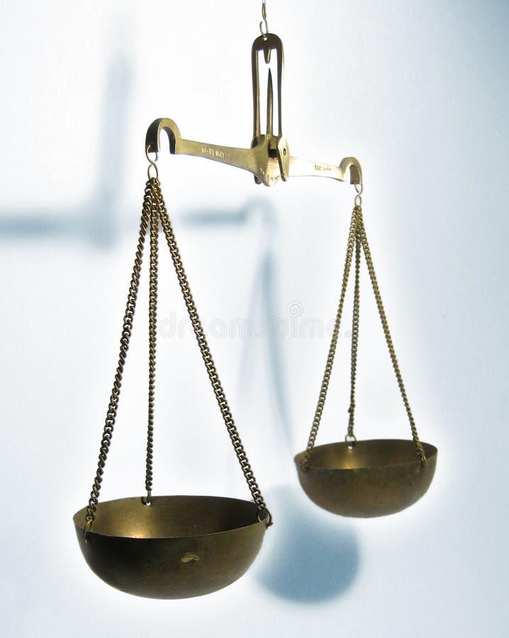 Gerechtigkeitskala lizenzfreie stockbilder